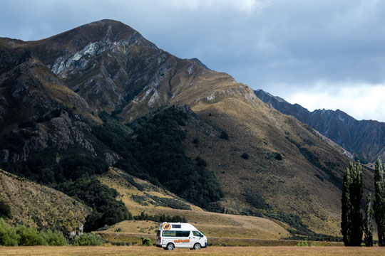 Driving in New Zealand - road trip