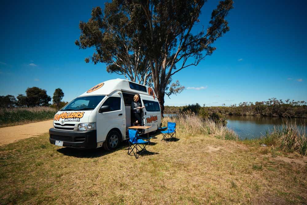 Travellers Autobarn Hi5 Campervan New Zealand