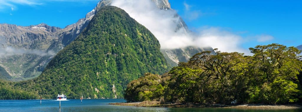 Milford Sound Track New Zealand Hiking Destinations