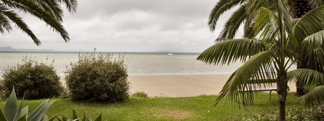 beach at stanmore bay